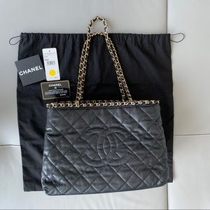 Chanel Chain Me Tote Black GHW